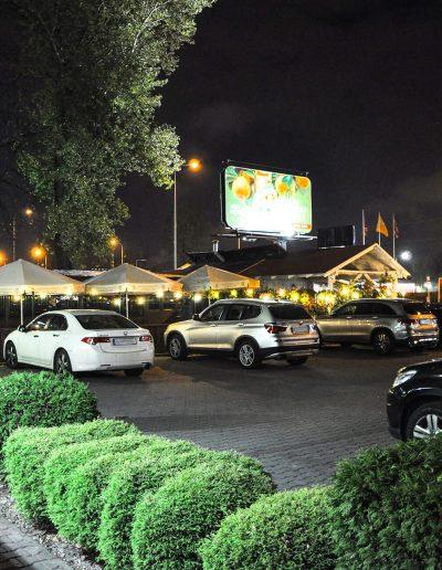 restauracja-z-parkingiem